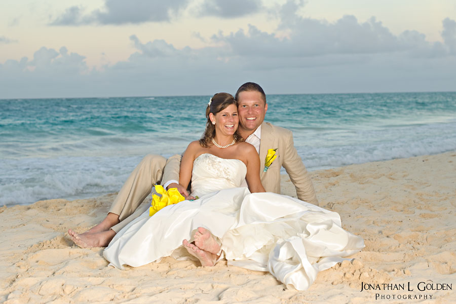 destination-wedding-photography-emily-and-chris-beach