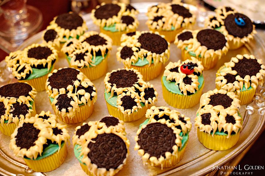ava-recital-special-cupcakes-oreo-m&m