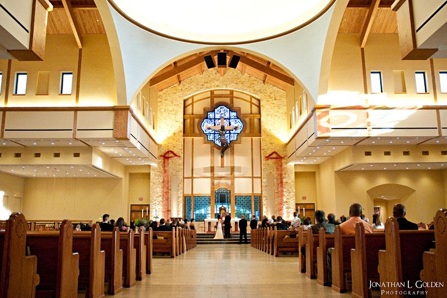 christ-the-redeemer-church-wedding-ceremony
