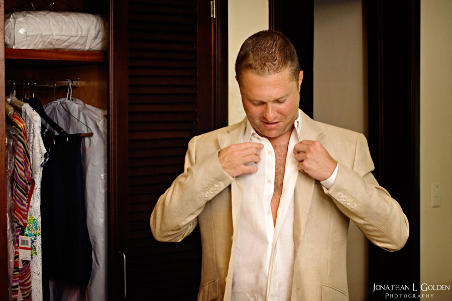 destination-wedding-photography-groom-getting-ready