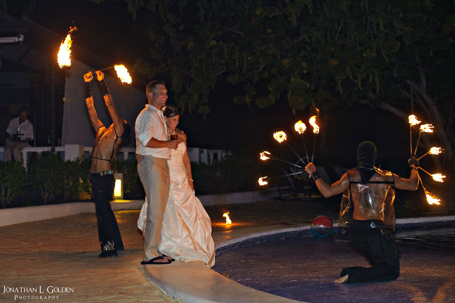 destination-wedding-photography-fire-danceing-bride-groom