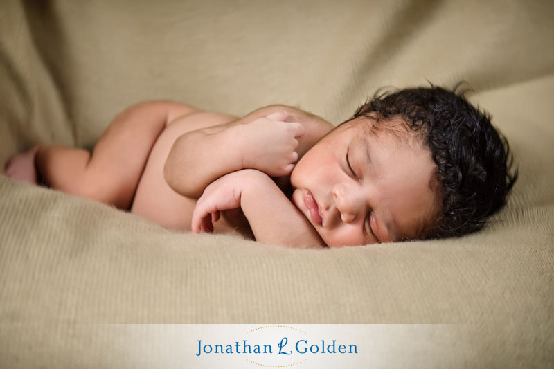 newborn-posed-artistic-photography-houston