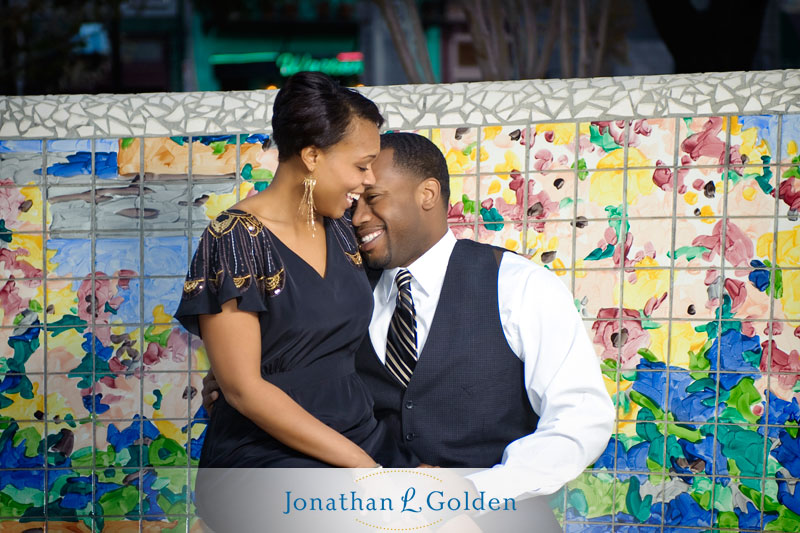 houston-engagement-photography-couple-downtown-laughing