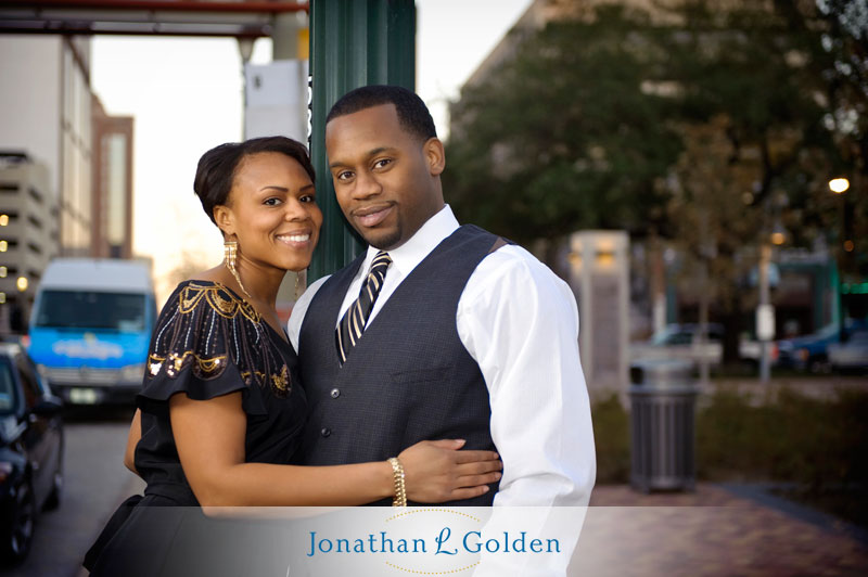 houston-engagement-photography-couple-downtown